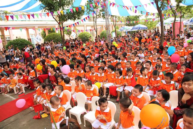 dong-phuc-ao-phong-thun-12